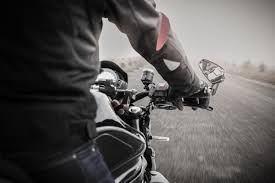 Illustration : Motos et scooters : gants obligatoires � partir du 20 novembre 2016